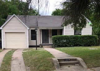 Foreclosure Home in Dallas, TX, 75216,  FERNWOOD AVE ID: F4361305