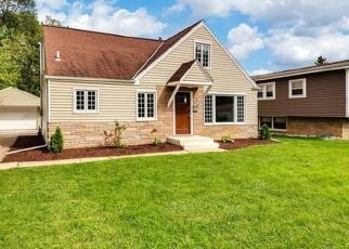 Casa en ejecución hipotecaria in Des Plaines, IL, 60018,  EISENHOWER DR ID: F4361999