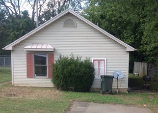 Foreclosure Home in Hopkinsville, KY, 42240,  CANTON ST ID: F4362145