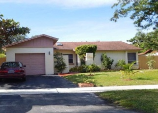 Foreclosed Home en NW 40TH TER, Deerfield Beach, FL - 33442