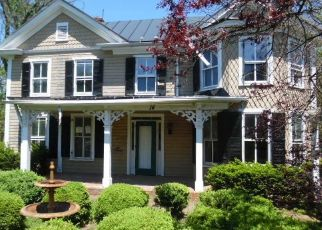 Foreclosed Home in W COLONIAL HWY, Hamilton, VA - 20158