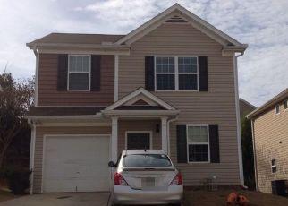 Foreclosed Home en LOBDALE FALLS DR, Lawrenceville, GA - 30045