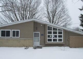 Casa en ejecución hipotecaria in Whitehall, MI, 49461,  PINECREST RD ID: F4366984