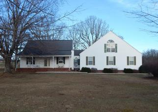 Foreclosed Homes in Crossville, TN, 38572, ID: F4371990
