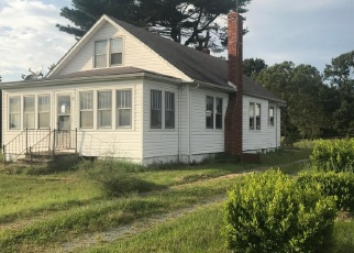 Foreclosed Home in SPECTRUM FARMS RD, Felton, DE - 19943
