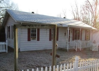 Foreclosed Home in ACADEMY ST, Eldorado, IL - 62930