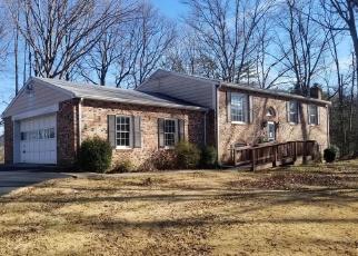 Casa en ejecución hipotecaria in Manassas, VA, 20112,  CARAPACE CT ID: F4373687