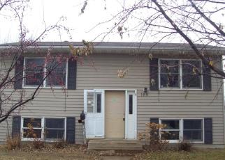 Casa en ejecución hipotecaria in Watertown, SD, 57201,  8TH ST NW ID: F4373957