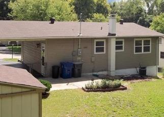 Casa en ejecución hipotecaria in Hazelwood, MO, 63042,  VILLE ROSA LN ID: F4374002