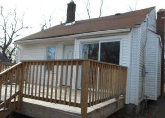 Casa en ejecución hipotecaria in Pontiac, MI, 48342,  SUMMIT ST ID: F4374243