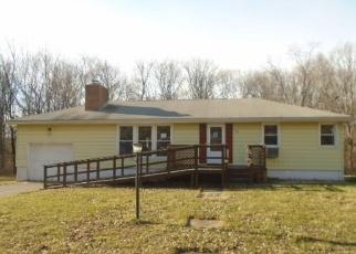 Casa en ejecución hipotecaria in North Branford, CT, 06471,  BURR HILL RD ID: F4374371