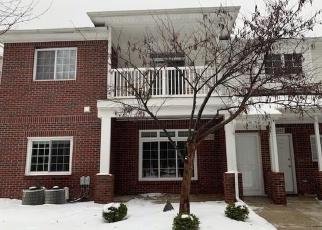 Casa en ejecución hipotecaria in Sterling Heights, MI, 48314,  TWIN OAKS DR ID: F4374584
