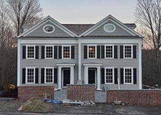 Casa en ejecución hipotecaria in New Canaan, CT, 06840,  MAIN ST ID: F4374791