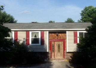 Foreclosed Home en OPAL AVE, Westminster, MD - 21157