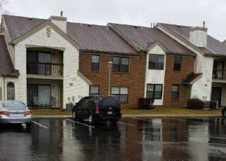 Foreclosed Home in PEBBLE PL, Parlin, NJ - 08859
