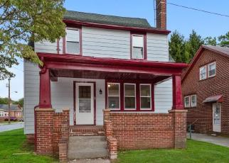 Foreclosed Home in PENN ST, Penns Grove, NJ - 08069