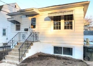 Casa en ejecución hipotecaria in Madison, WI, 53704,  STANG ST ID: F4375580