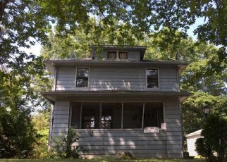 Foreclosed Home en GARRY RD, Akron, OH - 44305