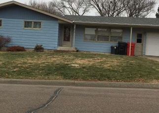 Casa en ejecución hipotecaria in Yankton, SD, 57078,  MAPLE ST ID: F4375975