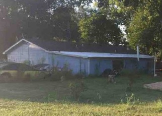 Foreclosed Home in DEBBIE LYNN LN, Norman, OK - 73072