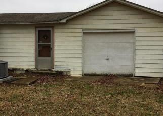 Casa en ejecución hipotecaria in Poplar Bluff, MO, 63901,  ARTHUR ST ID: F4376454