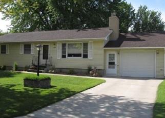 Casa en ejecución hipotecaria in Granite Falls, MN, 56241,  10TH AVE ID: F4376566