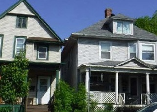Foreclosed Home en W 3RD ST, Duluth, MN - 55806