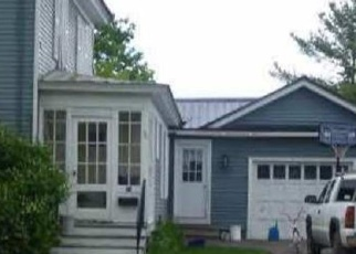 Foreclosed Home in HIGHLAND AVE, Houlton, ME - 04730