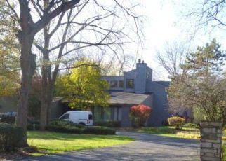 Foreclosed Home en PRINCETON RD, Flossmoor, IL - 60422