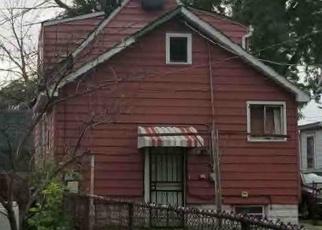 Foreclosed Home en S ATLANTIC AVE, Riverdale, IL - 60827