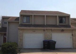 Foreclosed Home in SW BRANDYWINE LN, Topeka, KS - 66614