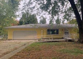Foreclosed Home in SE 45TH ST, Tecumseh, KS - 66542