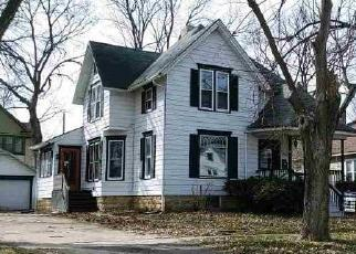 Foreclosed Home in S 2ND ST, Oregon, IL - 61061