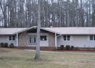 Foreclosed Home in FORREST AVE, Fayetteville, GA - 30214