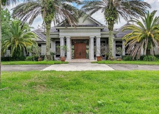 Foreclosed Home in BRIDGEWATER DR, Lake Mary, FL - 32746