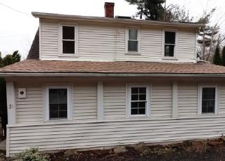 Casa en ejecución hipotecaria in Beacon Falls, CT, 06403,  ANDRASKO RD ID: F4378864