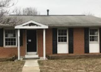Foreclosed Home en PHELPS PL, District Heights, MD - 20747