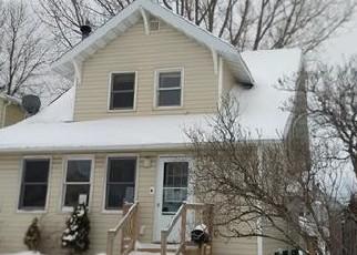 Casa en ejecución hipotecaria in Superior, WI, 54880,  JOHN AVE ID: F4379271