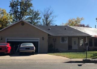 Foreclosed Home en RIVELLA VISTA DR, Redding, CA - 96001