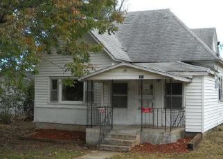 Casa en ejecución hipotecaria in Lawrence Condado, MO ID: F4379475