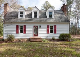 Foreclosed Home en OAK HILL RD, Lancaster, VA - 22503