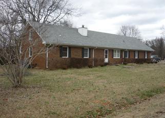 Foreclosed Home in ESQUIRE DR, Murfreesboro, TN - 37130