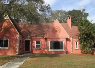 Foreclosed Home en 2ND AVE N, Saint Petersburg, FL - 33710