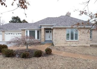 Casa en ejecución hipotecaria in Ballwin, MO, 63011,  ENGLEBROOK CT ID: F4379583