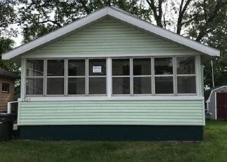 Foreclosed Home en E LARCH AVE, Muskegon, MI - 49442