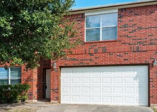 Foreclosed Home in WOODED ACRES DR, Humble, TX - 77396