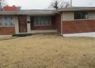 Foreclosed Home en DRYDEN AVE, Saint Louis, MO - 63115