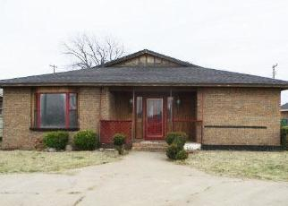 Foreclosed Home in N 1ST ST, Frederick, OK - 73542