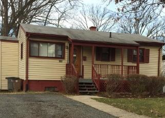 Foreclosed Home en ELIZABETH AVE, Rockville, MD - 20850
