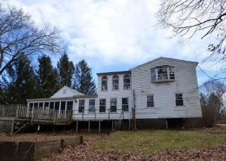 Foreclosed Home in STOCKING BROOK RD, Berlin, CT - 06037